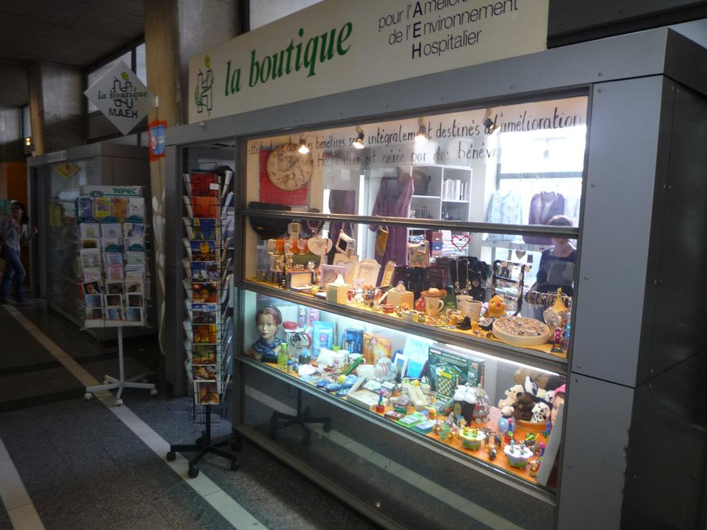 bénévolat-hôpital-Saint-Antoine-boutique-MAEH_2